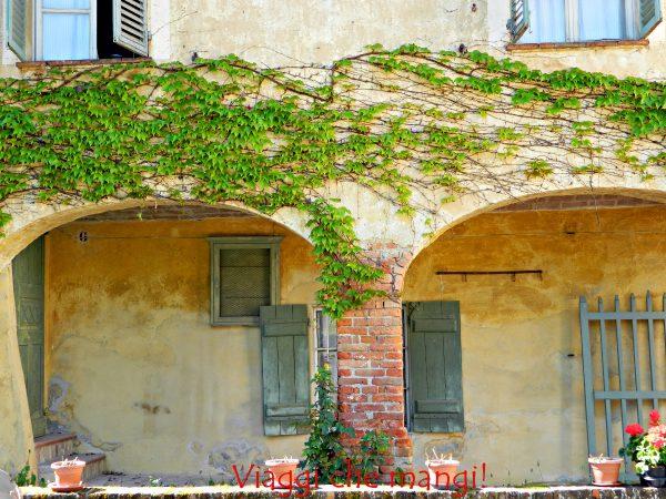 Borgo di Monchiero.