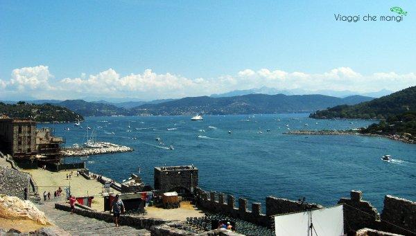 portovenere_panorama_chiesa_san_pietro