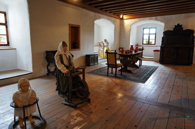 interni del Castello di Predjama