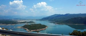Bilećko jezero viaggiare in bosnia in auto