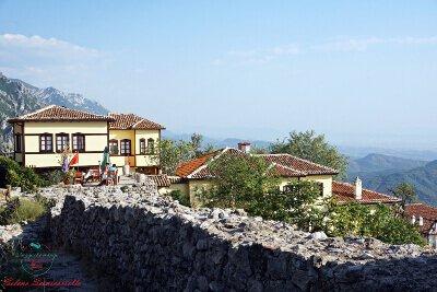 Il Castello di Krujë e Rooms Emiliano, Albania.
