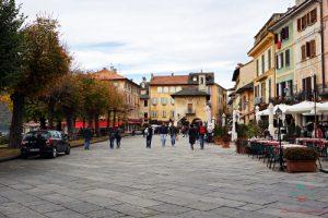 Piazza Motta visitare il lago d'orta, Orta San Giulio.