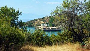 cosa fare sul lago di ohrid: Bay of Bones, area archeologica sul Lago di Ohrid in Macedonia.