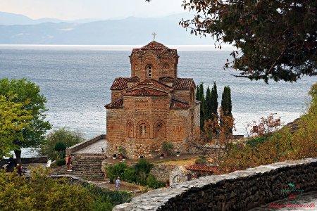 cosa vedere sul lago di ohrid: la chiesa di Sveti Jovan Kaneo.