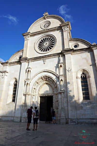 cosa vedere nei dintorni di Spalato: la cattedrale di sibenik, uno delle location croate del trono di spade.