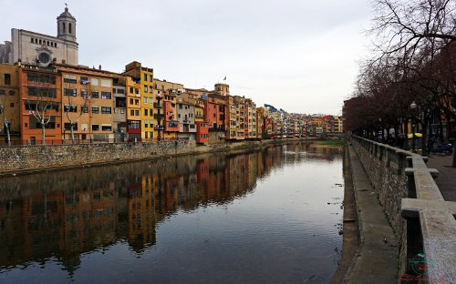 Le cases penjades di Girona.