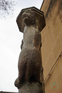 cosa vedere a girona: la lleona, simbolo e portafortuna della città.