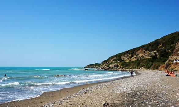 Per le tue vacanze al mare in albania ti consiglio di scegliere Spiaggia di Plazhi i Gjeneralit una delle migliori spiagge di Durazzo.