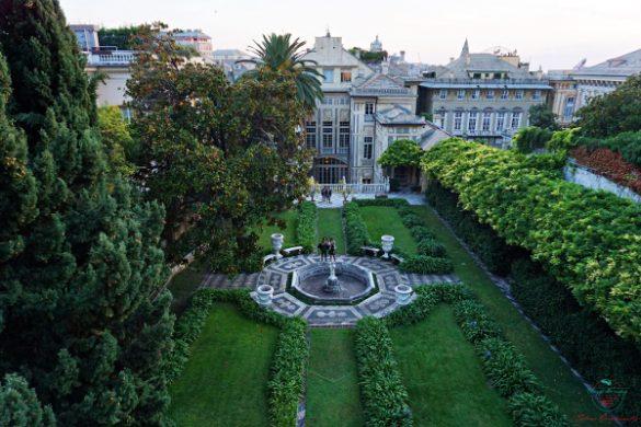 Il giardino di Palazzo Lomellino dall'alto.