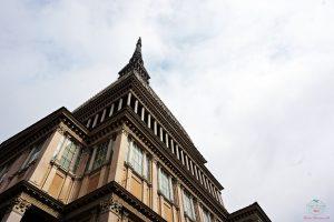 La Mole Antonelliana, simbolo di Torino, ospita al suo interno il Museo Nazionale del cinema, una cosa d fare a torino.