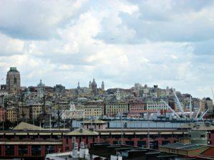 Panorama dalla terrazza del Galata Museo del Mare, uno dei migliori punti panoramici di genova.