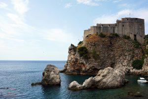 La fortezza di Lovrijenac a Dubrovnik è uno dei luoghi del trono di spade.