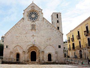 Se vuoi sapere cosa vedere a ruvo di puglia, inizia la tua visita dalla Cattedrale della città.