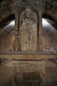 La statua di San Cleto nell'ipogeo della Chiesa del Purgatorio a Ruvo di Puglia.