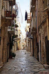 Cosa vedere a Ruvo di Puglia: i vicoli del centro storico.