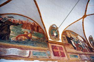 Affreschi del chiostro dell'Ex Convento dei Frati Minori Osservanti di Ruvo di Puglia.