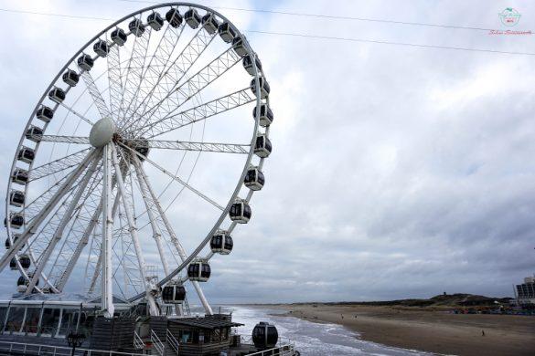 La ruota panoramica della spiaggia di Scheveningen.