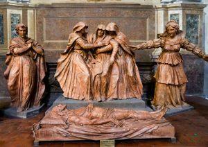 Compianto sul Cristo Morto, Cattedrale di San Pietro a Bologna.