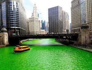 navigazione su un water taxi chicago