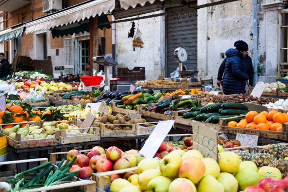 Frutta fresca al Mercato Rosati.