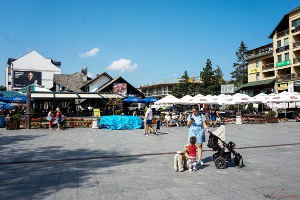 La piazzetta principale di Zlatibor.