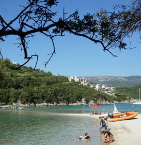 spiagge sivota grecia: bella vraka