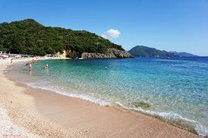 spiagge sivota grecia: mega ammos