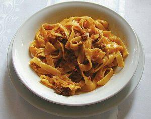 piatti tipici bolognese: tagliatelle al ragù