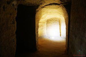 cosa vedere a santarcangelo di romagna: le grotte tufacee