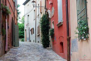 cosa vedere a santarcangelo di romagna: il borgo medievale