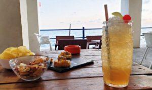 aperitivo sul mare a genova al liggia pub