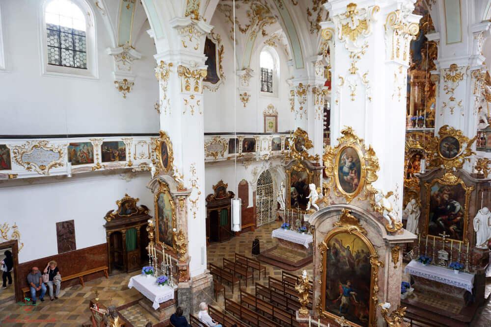 interno del santuario di andechs