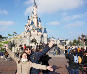selene e stefano del travel blog viaggi che mangi danno consigli su disneyland paris