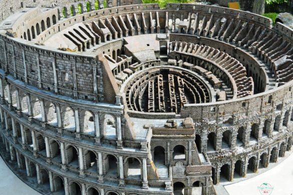 italia in miniatura: colosseo