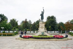 statua di stefano il grande chisinau