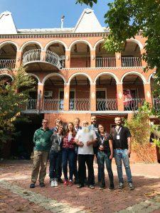 foto di gruppo con il baron artur cerari a soroca
