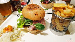 panino mystic burger a carate brianza