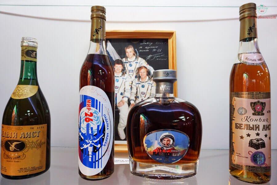 bottiglie della distilleria kvint inviate nello spazio