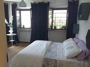 camera da letto dell'appartamento alla ghiogliotta