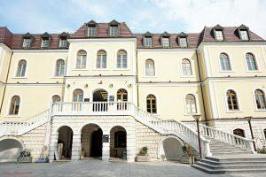 cosa vedere a pristina: il museo nazionale del kosovo