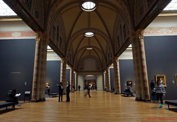 interni del rijksmuseum di amsterdam