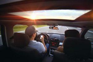 condividere il viaggio è un ottimo modo per risparmiare sui viaggi in auto