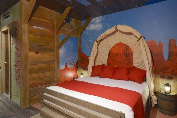 camera del gardaland adventure hotel