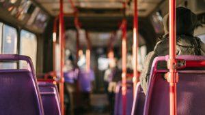immagine di copertina del post su come risparmiare sui mezzi di trasporto
