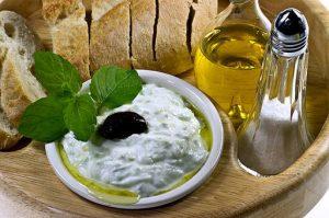 tzatziki, il piatto della cucina greco più famoso