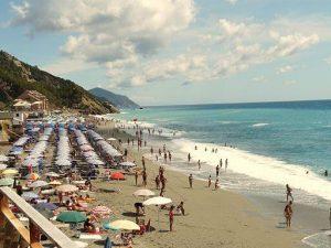 spiaggia di deiva marina. Davide Papalini / CC BY-SA (https://creativecommons.org/licenses/by-sa/3.0)