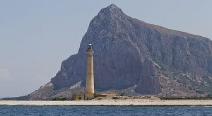 faro di san vito lo capo. trolvag / CC BY-SA (https://creativecommons.org/licenses/by-sa/3.0)