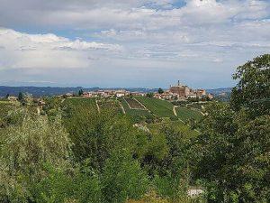 castiglione falletto, dove si trova la cantina terre del barolo. Lm 1909 / CC BY-SA (https://creativecommons.org/licenses/by-sa/4.0)