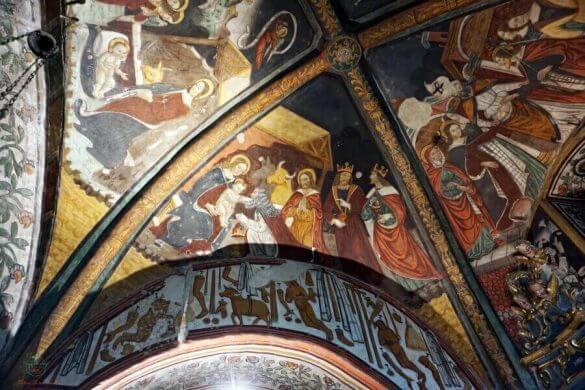 interno della chiesa di san gaudenzio di baceno