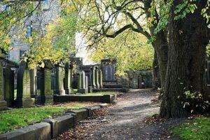 cimitero di griarfriars vicino alla coventater's prison, il luogo più infestato dai fantasmi di edimburgo